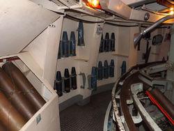 HMAS_Vampire_gun_bay.jpg