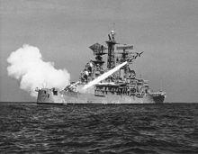 Пуск_ЗУР_RIM-8_«Талос»_с_крейсера_CLG-4_«Литтл-Рок»,_1961.jpg