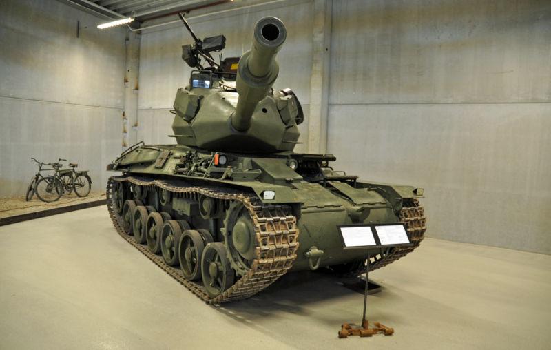 Strv_74_at_the_Arsenalen_museum.jpg
