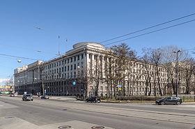 280px-Naval_Academy_Building_SPB_1.jpg