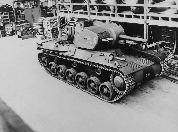 Strv_m_42_1940s.jpg