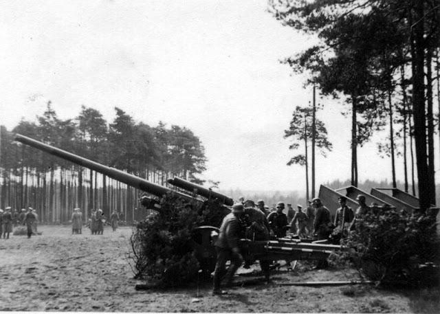 10.5_cm_K18_gun.jpg