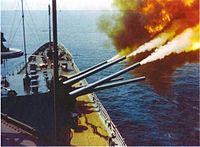 USS_St._Paul_(CA-73)_October_1966.jpg