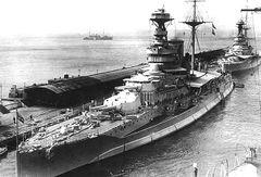 HMS_Queen_Elizabeth_(1913).jpg