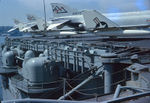 127-мм_АУ_Мк-42_по_бортам_USS_FORRESTAL.jpg