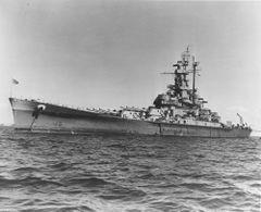 USS_Massachusetts_22_января_1946_(4).jpg