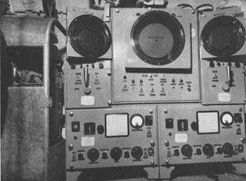 Гидролокатор WCA-2 в боевой рубке