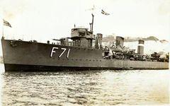 HMS_Teazer_R_type_destroyer.jpg