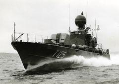HMS_Vega_(T125).jpg