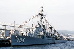 DD-784.jpg