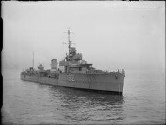 HMS_Viscount_FL21150.jpg