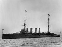 HMS_Falmouth_(1910).jpg