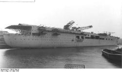 Graf_Zeppelin_1939-2.jpg