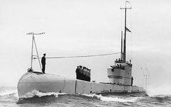 HMS_Poseidon_(P99).jpg