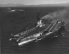 Ship_CV43_1962_subic024353.jpg