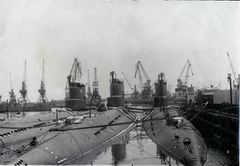 Подводные_лодки_пр613_на_консервации_в_Одессе.jpg
