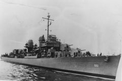 Destroyer_USS-661.jpg