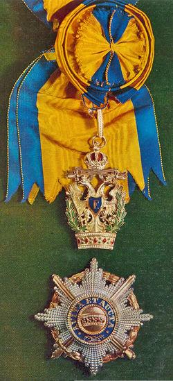 Ordens-der-Eisernen-Krone-1-klass-militaer-und-golden-schwerten.jpg