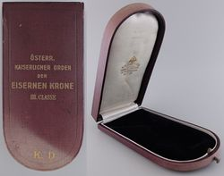 Case_Order_of_the_Iron_Crown;_Vinc_Mayer_&_S¡_hne.jpg