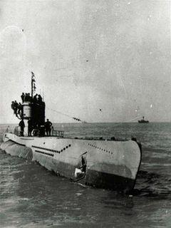 KM_U-402_(1940).jpeg