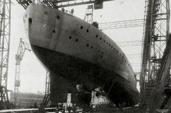 HMS_Ramillies_1916_rear.jpg