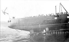 «Кинбурн»_в_момент_спуска_на_воду._17_октября_1915_года.jpg