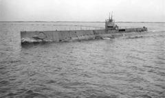 USS_T-1_(SS-52).jpg