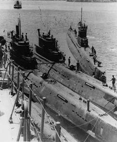 Подводные_лодки_пр613_в_Индонезии.jpg