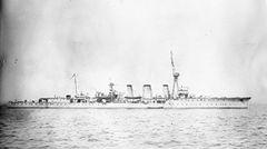 HMS_Caroline_in_1917.jpeg