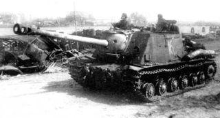 ISU-122S.jpg