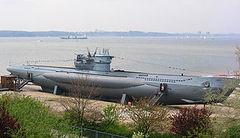 U-995_(1943)_title.jpg