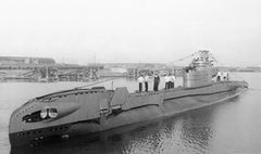 HMS_Taurus_(P399).jpg