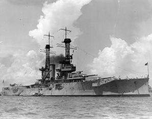 USS_Florida_(BB-30)_1921_in_hardor_2.jpg