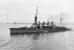 HMS_Birmingham_(1913).jpg