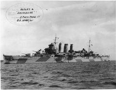 HMS_Devonshire_FL5884.jpg