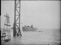 HMS_Auriga_(P419).jpg