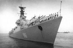 Ship_57_Upornyi_986_1970_Bombay.jpg