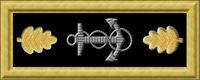 USN_lt_com_rank_insignia_O4.jpeg