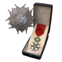 PCZC373_FrenchDDArc_Grand_Officier.png