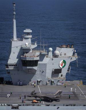 R08-HMS-Queen-Elizabeth-024.jpg