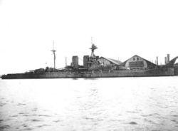 HMS_Queen_Elizabeth_03_1915.jpg