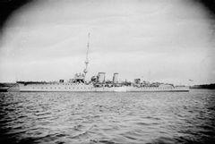 HMS_Cambrian_(1915).jpg