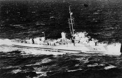 HMS_Trollope.jpg