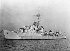 HMS_Chequers_1945.jpg
