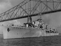 HMS_Ilex_(D61)_in_the_USA.jpg