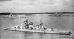 Scharnhorst_1940_на_рейде.png