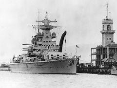 Admiral_Scheer_(1933).jpg