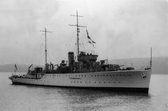 HMS_Grimsby_-28U16-29_IWM_FL_13656.jpg