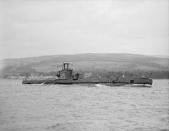 HMS_Sceptre_(P215).jpg