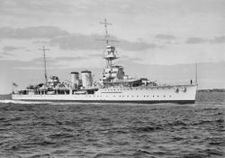 HMS_Danae(1).jpg